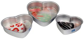 Rolex Aluminium Cake Mould Heart Set of 3 + Free Recepie 500 gs - 1 Kg Cake