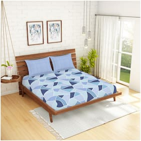 Spaces Cotton Geometric King Size Bedsheet 144 TC ( 1 Bedsheet With 2 Pillow Covers , Blue )