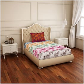 Spaces Cotton Geometric Single Size Bedsheet 144 TC ( 1 Bedsheet With 1 Pillow Covers , Multi )