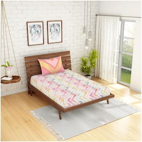 Spaces Cotton Geometric Single Size Bedsheet 144 TC ( 1 Bedsheet With 1 Pillow Covers , Pink )