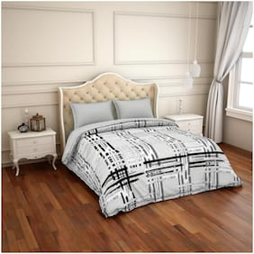 Spaces Bamboo Charcoal Grey & Black Colour 1 Comforter