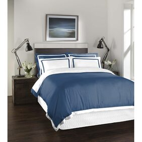 SPACES Hygro Navy Blue 1 Large Bed Sheet with 4 Pillow Covers