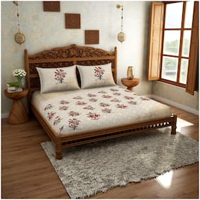 Spaces Cotton Floral King Bedsheet ( 1 Bedsheet with 2 Pillow Covers , Beige & Red )