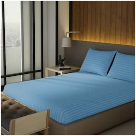 Spaces Cotton Solid King Size Bedsheet 210 TC ( 1 Bedsheet With 2 Pillow Covers , Blue )