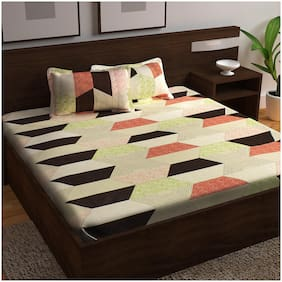 Story@Home Cotton Abstract King Size Bedsheet 152 TC ( 1 Bedsheet With 2 Pillow Covers , Multi )