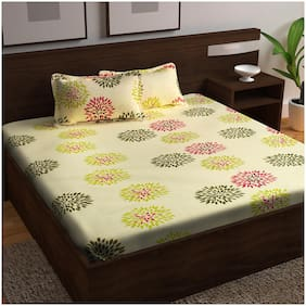 Story@Home Cotton Floral King Size Bedsheet 152 TC ( 1 Bedsheet With 2 Pillow Covers , Multi )