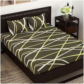 Story@Home Cotton Geometric Double Size Bedsheet 144 TC ( 1 Bedsheet With 2 Pillow Covers , Grey )