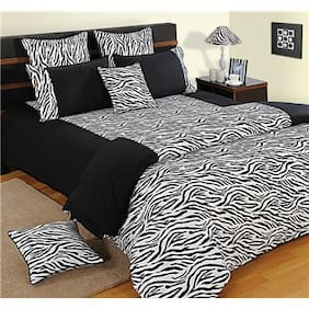 Swayam Black and White  Abstract Double Winter Quilt