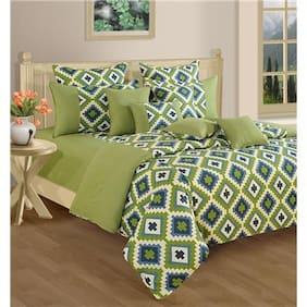 Swayam Green and Purple  Geometric Double Winter Quilt