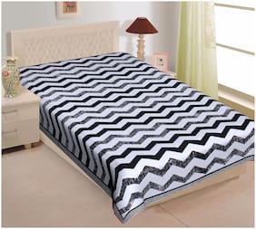 TEXSTYLERS Cotton Printed Single Size Bedsheet 220 TC ( 1 Bedsheet Without Pillow Covers , Black )