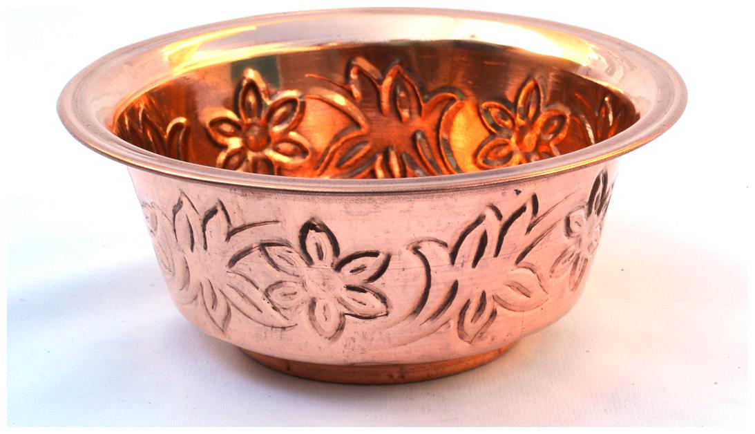 Veda Home   Lifestyle Copper Embossed Serving Bowl