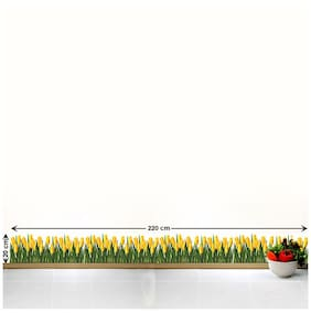 WallTola Wall Decals Tulips Skirting Wall Sticker