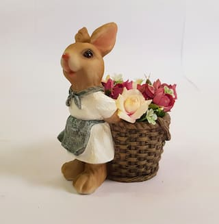 Wonderland rabbit with planter