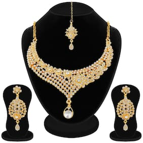 Apara Gold Plated Austrian Diamond Necklace Set with Maang Tikka