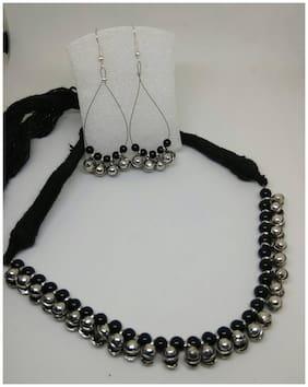 Elegant black metal ghungroo necklace with matching earrings