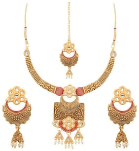 Etnico Antique Gold Plated Traditional Handcrafted Kundan & Pearl Red Meena Work Necklace Set with Earrings & Maang Tikka for Women
