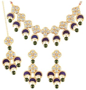 Etnico Gold Plated CZ & Pearl Traditional Choker Necklace Set with Earrings & Maang Tikka for Women
