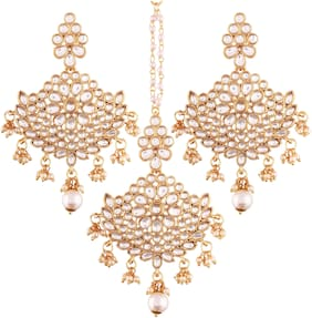 Etnico Gold Plated Kundan & Pearl Earring Set with Maang Tikka for Women (eTE2451W)