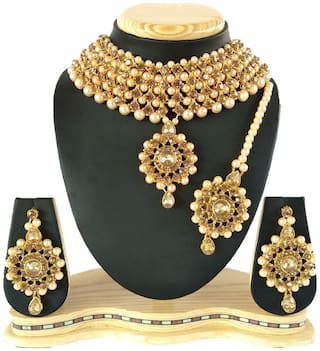 HARITA Gold Traditional Necklace Set Jewellery Set With Earrings and Maang Tikka For Women (HP-1044G)