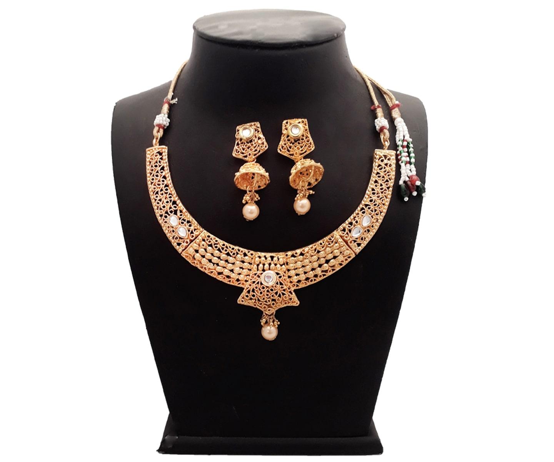 Piah Fashion Fair Elegant Alloy White Kundan Drop With Earrings Artificial Necklace set For Women