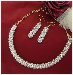 SparkEve Light Weight Zircon and pearl studded choker necklace set