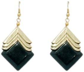 Stylish Black and Golden hanging earring (Set Of 5)