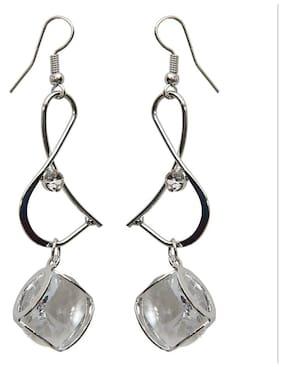Grand Jewels Stylish Silver Earring