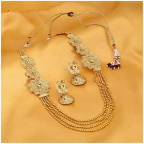 Sukkhi Pleasing 4 String Jalebi Gold Plated Alloy Long Haram Necklace Set For Women
