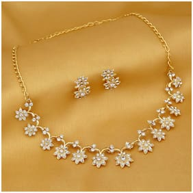 5ac361a34a1a Sukkhi Stylish Gold Plated Collar Necklace set For Women