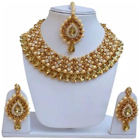 Urbanela Party Wear Crystal Choker Traditional Jewellery Necklace Set with Maang Tikka Earrings for Women : Bridal Jewellery  : ADGB10-GOLDEN WHITE