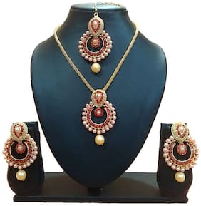 Urbanela Party Wear Pendant and Chain Set with Maang Tikka Earrings for Women : Bridal Jewellery : URGB07-RED