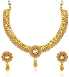 Valentine Gifts : YouBella Jewellery Gold Plated Necklace Jewellery Set with Earrings for Girls/Women (Choker3)
