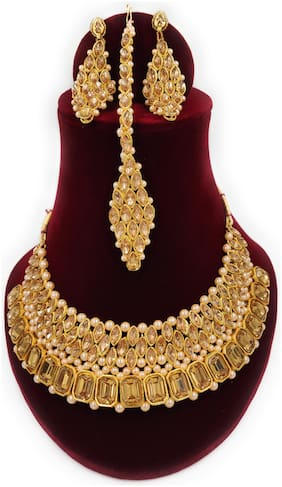 ZaffreCollections Gold Crystal Choker set with earring and Maang tikka for Women