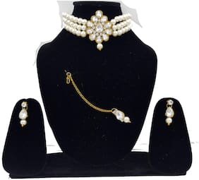 ZaffreCollections Beautiful Pendant and Pearl Choker with Earrings and Maang tikka for Women and Girls