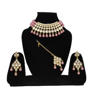 ZaffreCollections Beautiful Kundan & Pink Pearl Choker with Matching Dangle Kundan Earrings and Kundan Maang Tikka Set for Women and Girls
