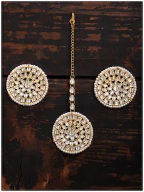 Zaveri Pearls Traditional Kundan & Pearls Earring & Maangtikka Set For Women-ZPFK8654