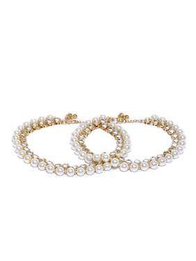 Zaveri Pearls Gold Tone Kundan & Pearls Bridal Payal (1 Pair Of Anklets)-ZPFK9152