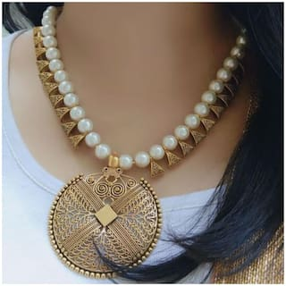 Zcarina White Pearl Beads Antique Looking Necklace Set for Women