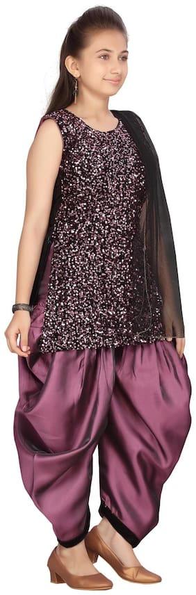 Aarika Girl's Velvet Embellished Sleeveless Kurti & salwar set - Purple