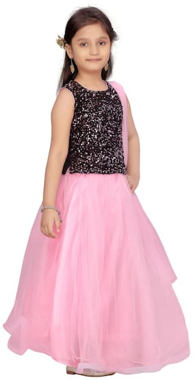 Aarika Girl's Velvet Embellished Sleeveless Lehenga choli - Black & Pink