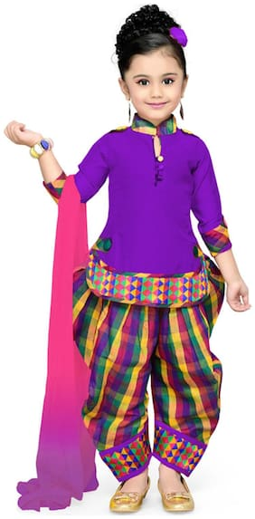 Aarika Girl's Cotton Printed 3/4th sleeves Kurti & salwar set - Pink
