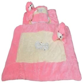 Baby Corn Wool Bedding Set  (Pink, Cream)