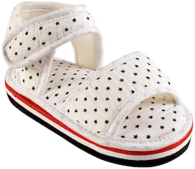 CHIU White Sandals For Infants