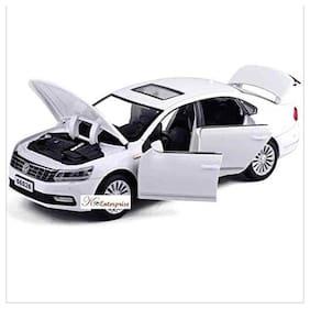 Die-Cast Metal Car Sport Sedan Cars 4 Wheel Drive Metal Car Pull Back with 6 Openable Doors & Light