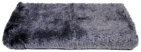 Fur Cloth color grey , Size 96.52 cm (38 inch) x 86.36 cm (34 inch) , 2 Cms Hair Length Used For Dresses, Soft Toys Making, Jackets Etc