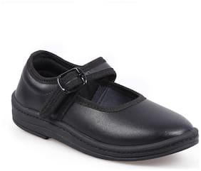 GOLD STAR Black School shoes For Girls