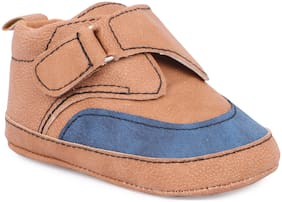 Instabuyz Brown Casual Shoes For Infants