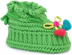 Instabuyz Green Booties For Infants