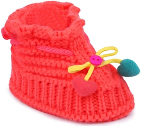 Instabuyz Pink Booties For Infants