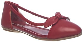 Khadim's Maroon Ballerinas For Girls